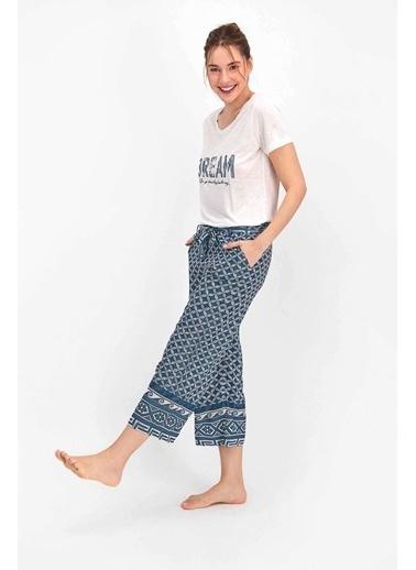 Arnetta Geometric Pattern Mat Mavi Kadın Kapri Takım Krem